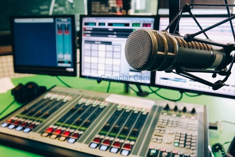 best radio stations ile ilgili görsel sonucu