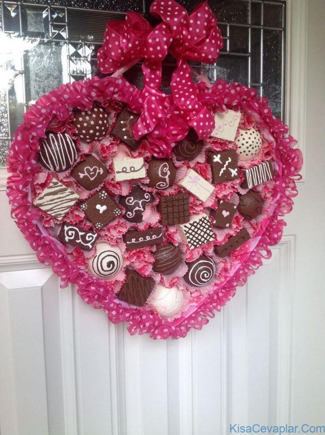 Valentine Chocolate Wreath