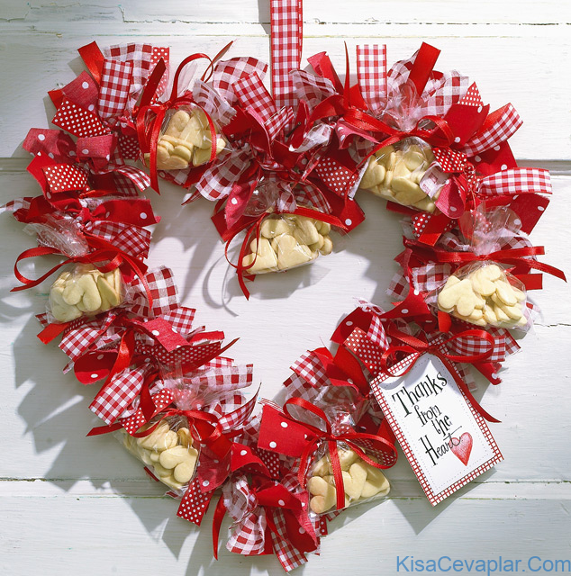 Valentine Sweetheart Ribbon Wreath