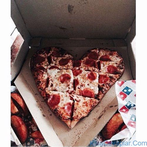 Dominos Heart Pizza