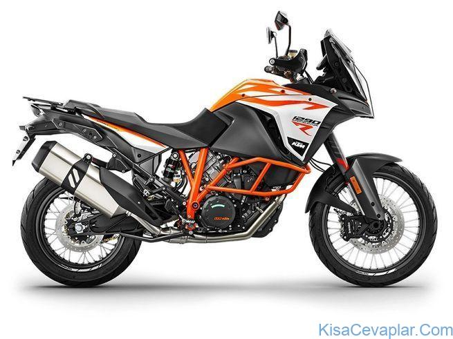 KTM 1290 Super Adventure R studio side view